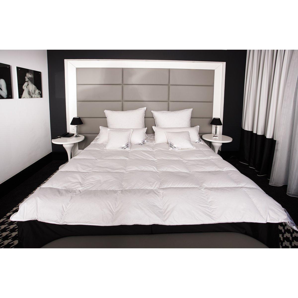 hs40 winter daunendecke bettdecke oberbett decke 70 daunen 155x2 69 90. Black Bedroom Furniture Sets. Home Design Ideas